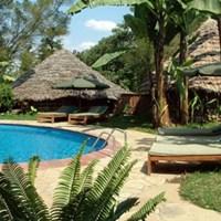 L'Oasis Lodge - $$