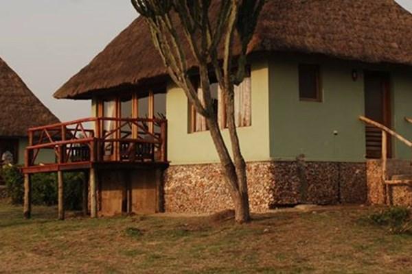 Ihamba Lakeside Safari Lodge - $$$